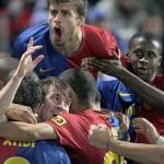 Barcelona se enfrenta al Villarreal por el segundo lugar de la Liga