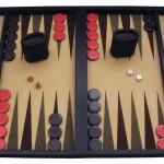 800px-Backgammon_lg