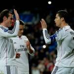 Gareth Bale y Cristiano Ronaldo celebran un gol